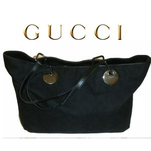 Gucci Black hobo canvas bag in great condition